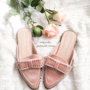 New In Box Pink Velvet Bow Slides